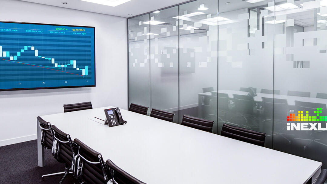 10 reasons to choose a LED display for your conference room